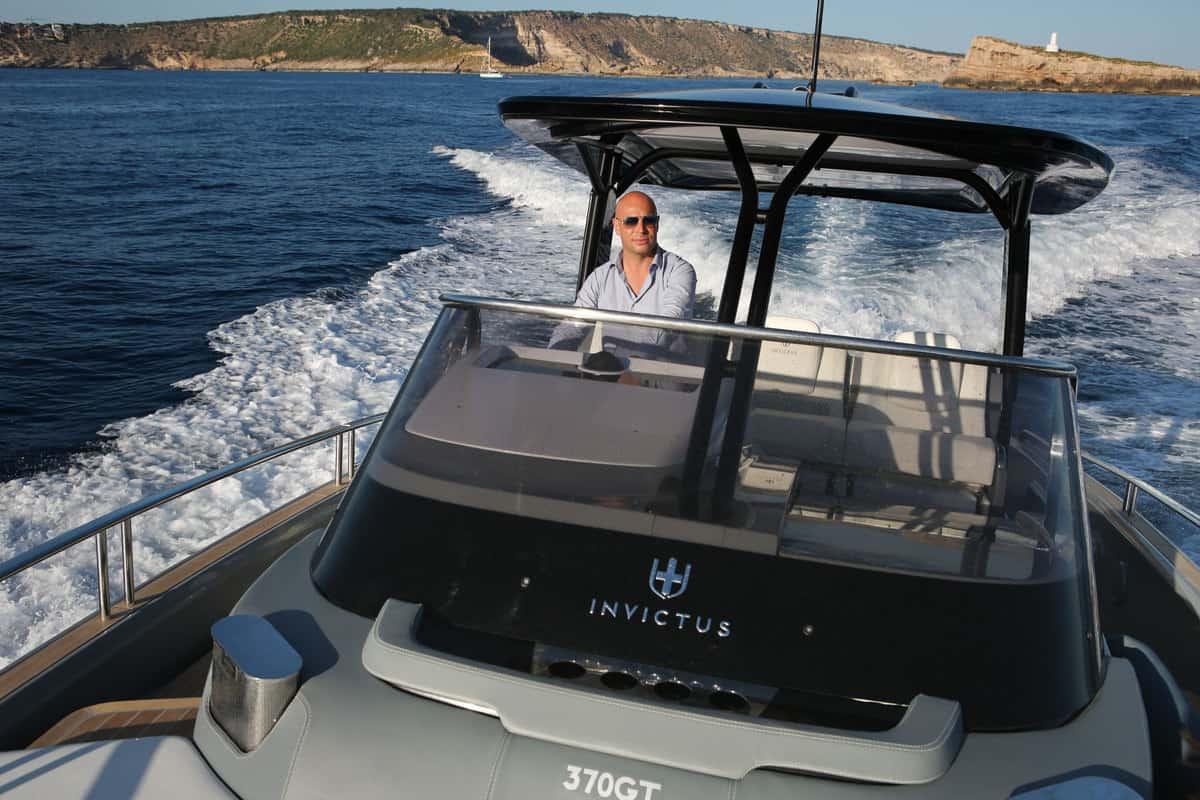 Christian Grande, Invictus Yacht