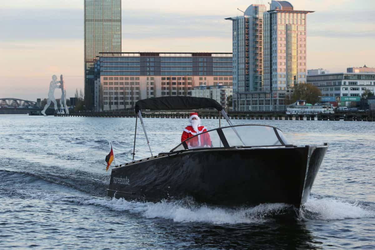 float Nikolaus