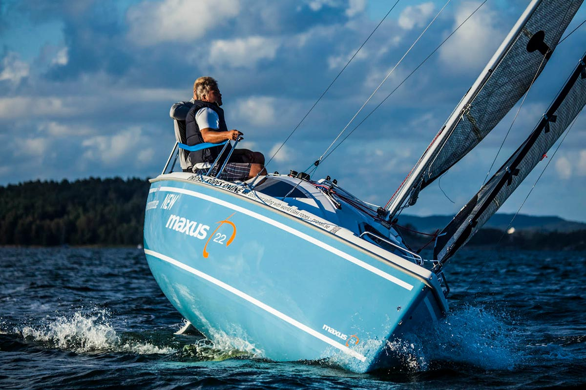 Maxus 22 segelt hoch am Wind © Northman Yachts