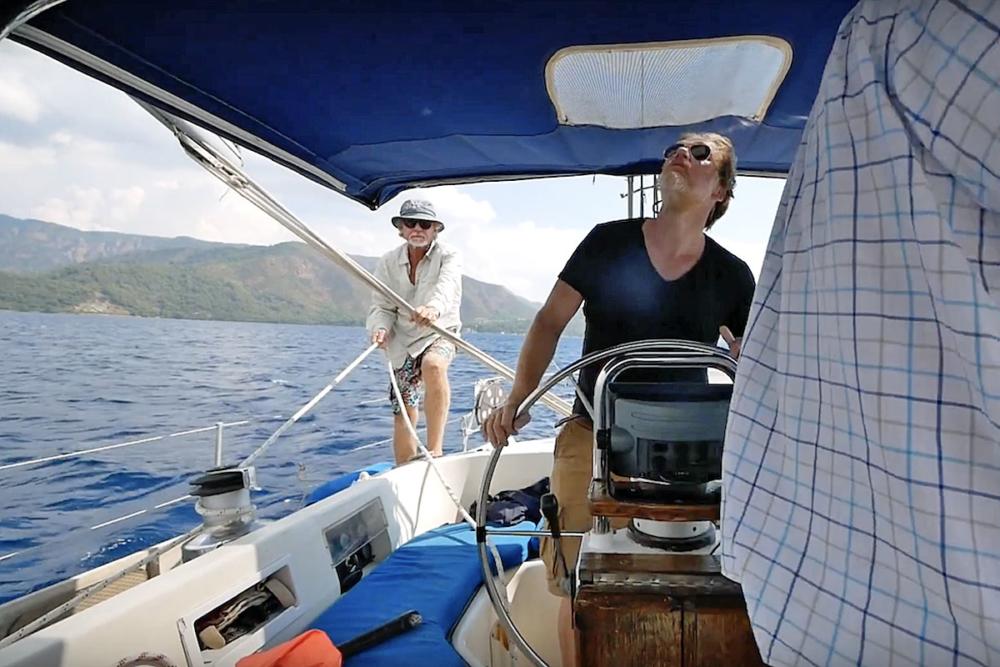 Wer ein Boot kaufen will, sollte es probesegeln. © Brambusch
