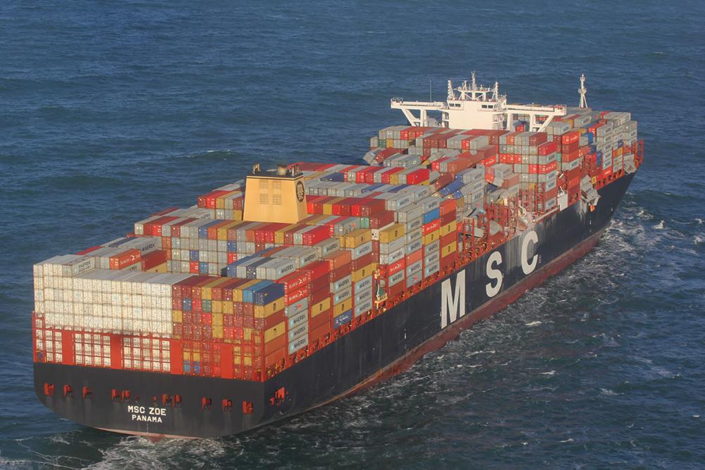 Die MSC ZOE nach Containerverlust in der Nordsee