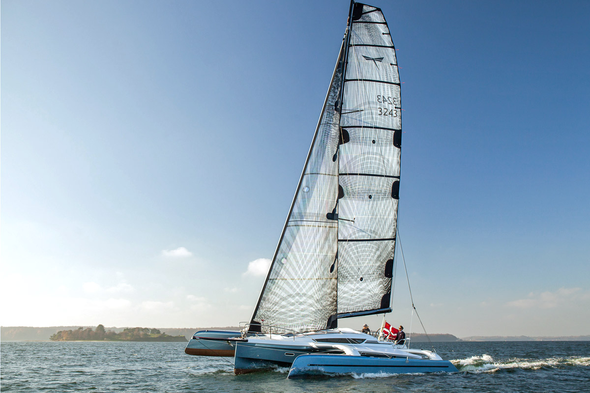 Trimaran Dragonfly 32 Evolution