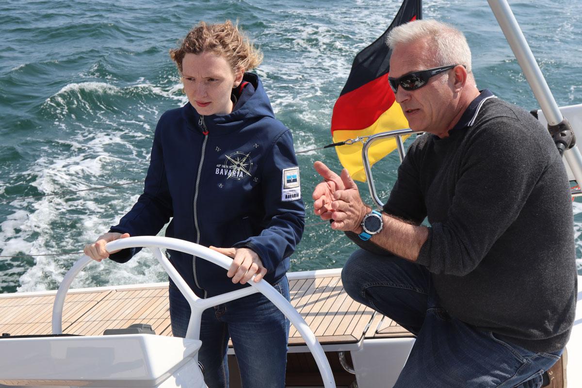 Bavaria Mitarbeiter segeln