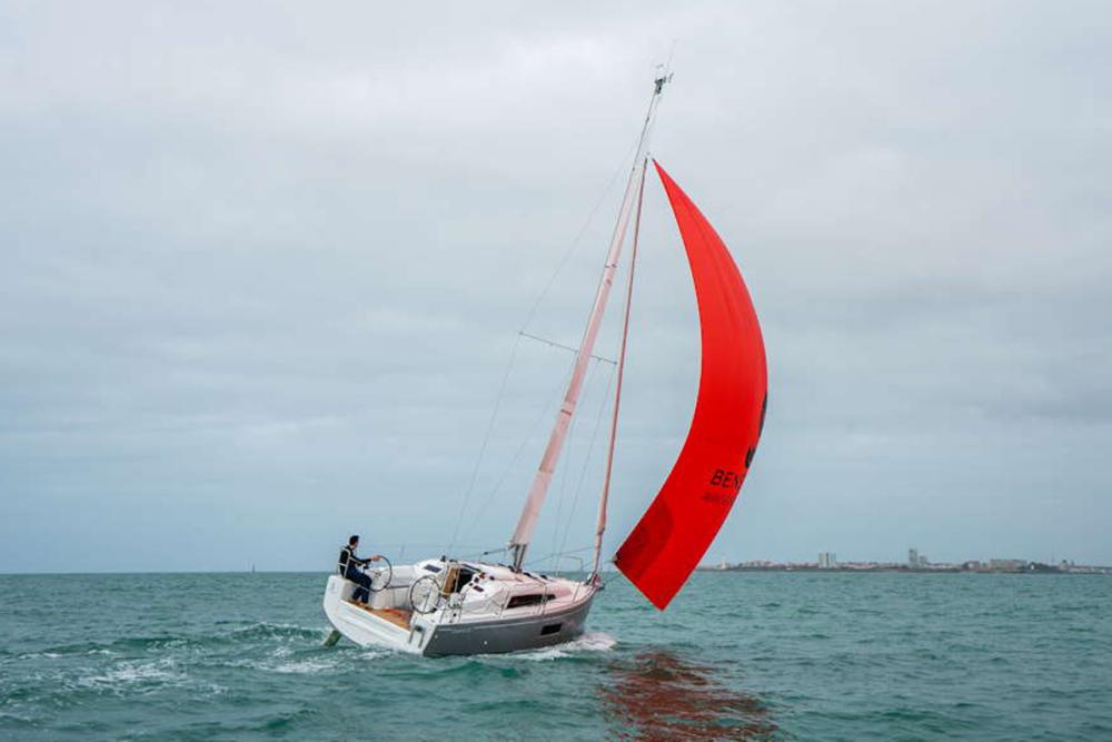 Knapp 9,50 Meter ist die Oceanis 30 lang ©Werft