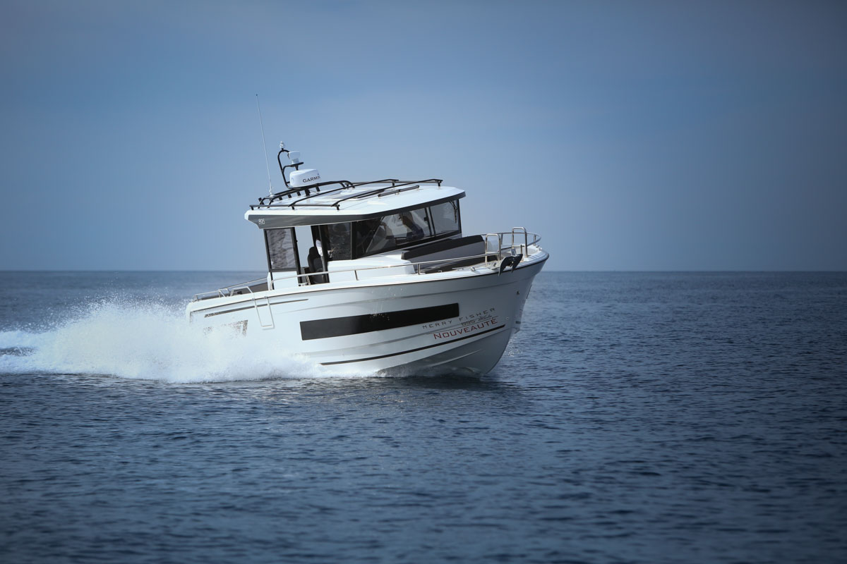 Die Jeanneau Merry Fischer 895 Marlin ist sehr kompakt