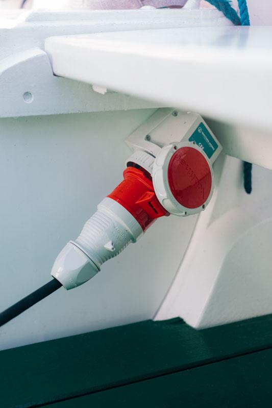 Helgoländer Börteboot fährt jetzt mit E-Antrieb von Torqeedo