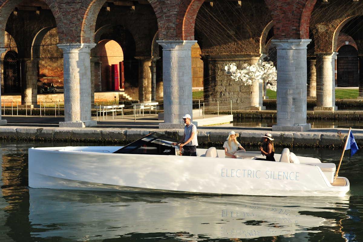 Q-Yachts Q 30