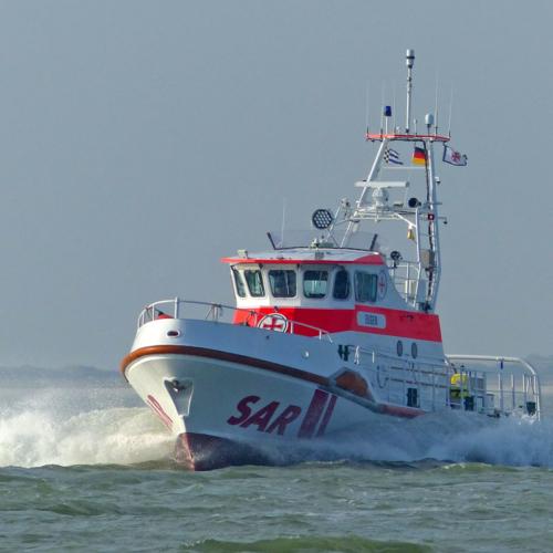Seenotkreuzer Eugen (hier im Wattenmeer unterwegs) war kürzlich im Einsatz gegen Corona © DGzRS
