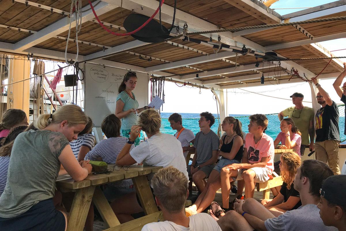 Schule auf Planken: Unterricht an Bord der Pelican