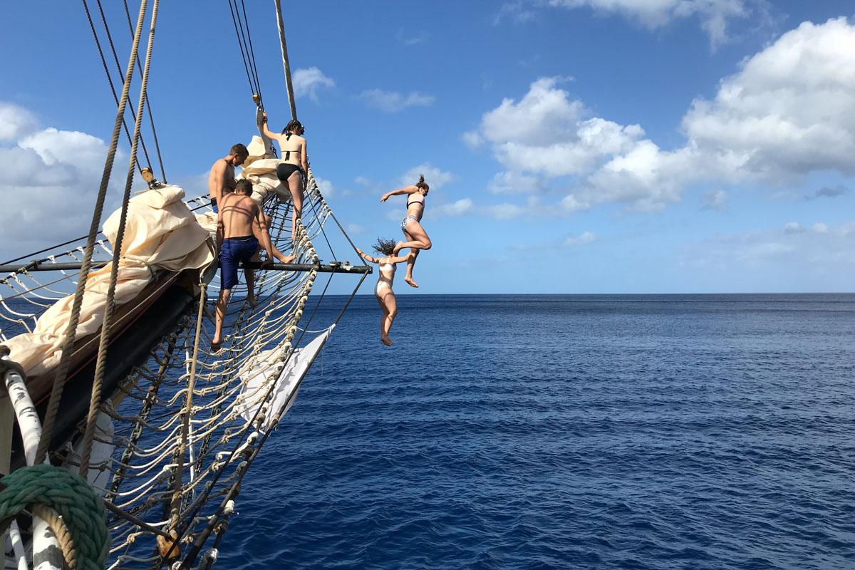 Schule auf Planken: Freizeit-Spaß an Bord der Pelican