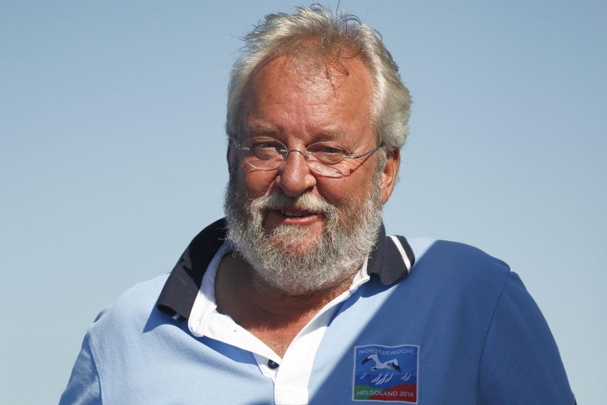 Will die Sponsoren-Pokale verteilen: Markus Böhlich, Organisationsleiter der Nordseewoche