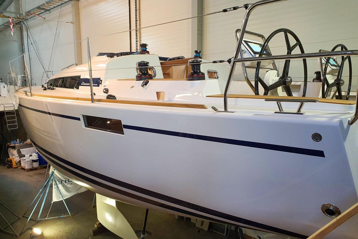 Arcona-Yacht von außen