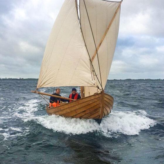 Boote bauen, um Wurzeln zu schlagen