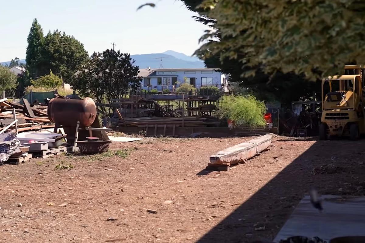 Der Hof in Seqiuem ohne Tally Ho